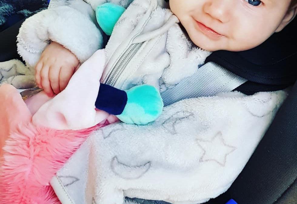 Une solution pour réchauffer bébé dans son siège auto avec Domiva Doux Nid.