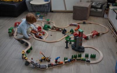 Lucas complète son BRIO World avec le circuit Transport de fret