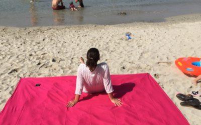 Sur la plage avec notre serviette OBABA